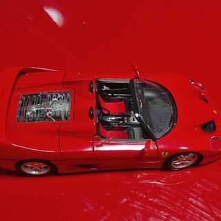 Ferrari F50ロードスター赤