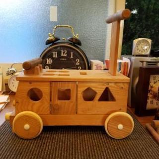 木製おもちゃ車