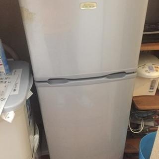 一人暮らし用冷蔵庫です!