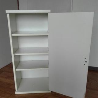扉付き木製ボックス