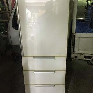 2009年製 三洋 355L 冷凍冷蔵庫 売ります
