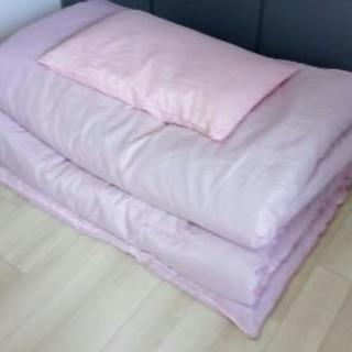 布団一式(シングルサイズ)、掛け布団、敷き布団、枕、布団収納袋付