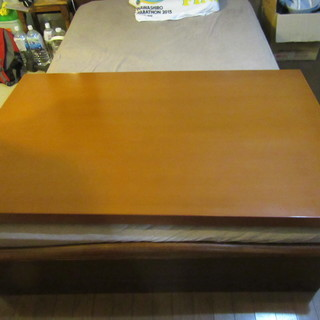 KOSUGAのダイニングテーブル