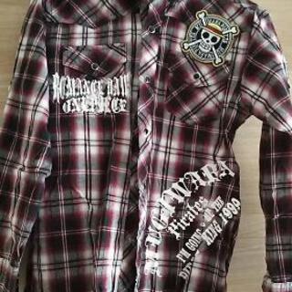 男児140サイズ    長袖シャツ