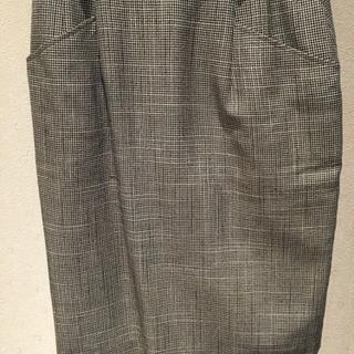 千鳥格子柄のスカート ウエスト62〜66センチ