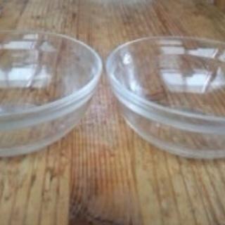ガラスのミニボール2つ 0円<お取り引き中>