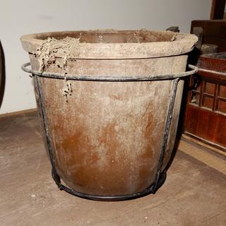 水瓶/味噌樽/大きい陶器の樽/アンティーク