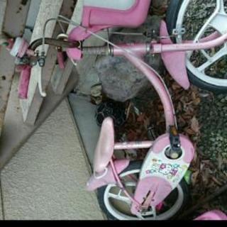 古い 壊れてる自転車
