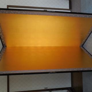 金屏風たて175㎝よこ87㎝厚さ2㎝の2枚もの(中古ですが、程度は良好)