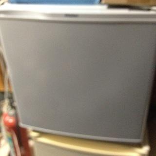ハイアール 1ドア冷蔵庫40L JR-N40E ジャンク