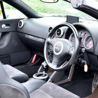 アウディ TTロードスター 1.8T ソフトトップ 純正16インチアルミ 11290 創業20周年記念価格 - 中古車