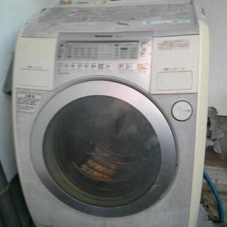 引き取り限定ジャンク斜めドラム式洗濯機