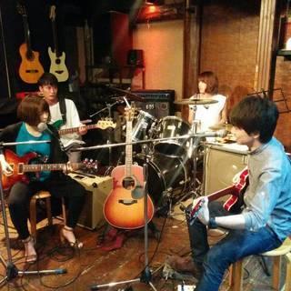 【社会人/趣味】ライブバーやカフェで音楽して遊びませんか?