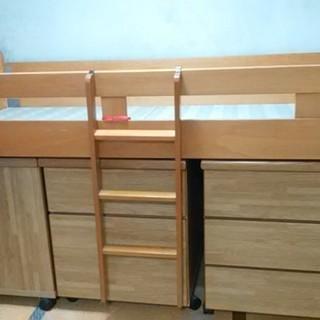 ロフトベッド/システムベッド下段は収納、本棚活用