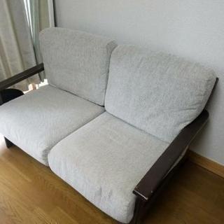 9月30日、10月1日取りに来れる方限定です!二人掛けようソファです