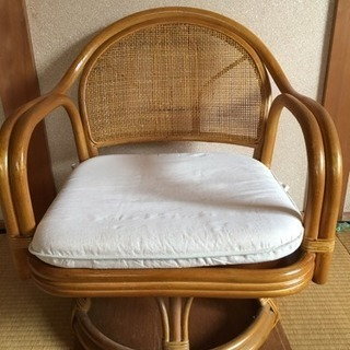 籐の椅子 回転式