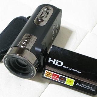 ビデオカメラ (SDカード用) 差し上げます。