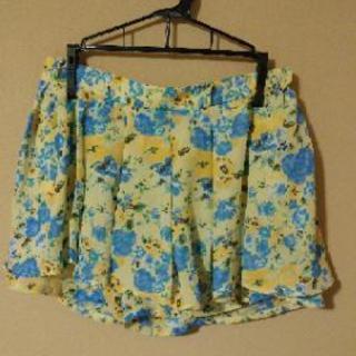 ミニスカート風パンツ