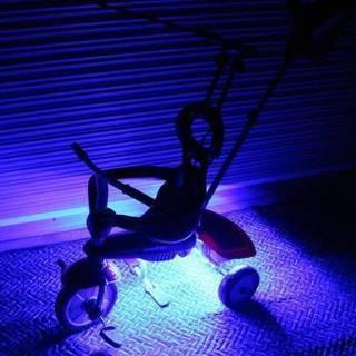 お祭りや花見で目立ちまくり!!光る三輪車!!スマートトライク!点...
