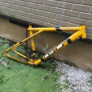 自転車フレーム類譲ります