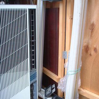 コロナ窓用エアコン 一応冷える 取付枠付き ジャンク 【あげます】