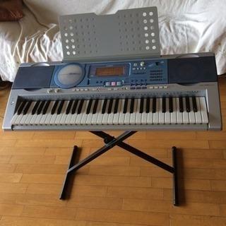 カシオ、ヒカリナビ付きキーボード LK-280