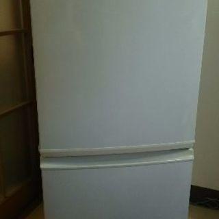 [ご商談中] (値下げ)単身用冷蔵庫 137L