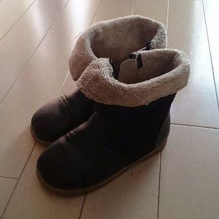 子供用 革ブーツ