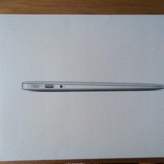 【超美品】 MacBook Air (13-inch, Mid 2...