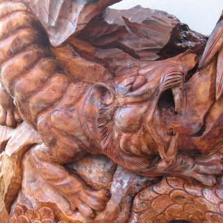 台湾メイド南洋樹彫刻と貴方のアート系作品と交換しませんか?の画像