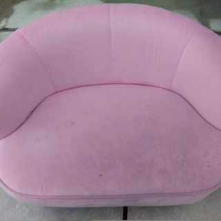 ピンク 小さめソファー
