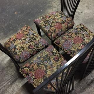 ダイニングセットの椅子のみ4脚