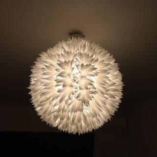 照明 吊り下げ型 花模様