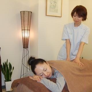 秋葉原駅 セラピスト【整体師】 骨盤矯正&小顔矯正が人気のお店です。