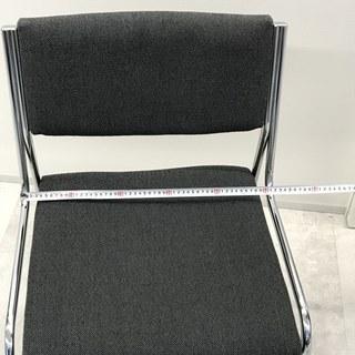 椅子9脚  会議やパーティー、用途いろいろ!