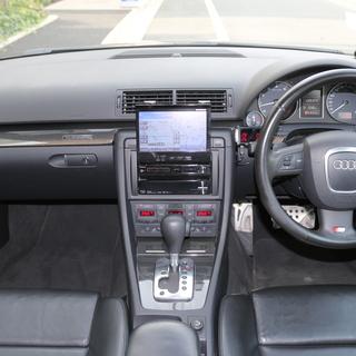 アウディS4アバント 4.2 クワトロ AGIO19AW 車高調 外マフラ- RS4キャリパ- − 東京都