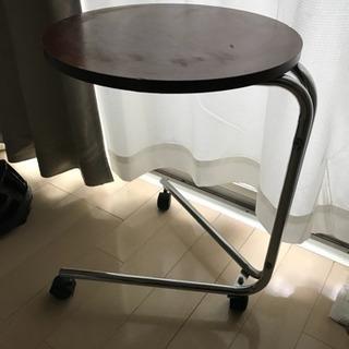 サイドテーブル高さ約53cm