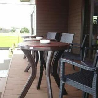 屋外用テーブル