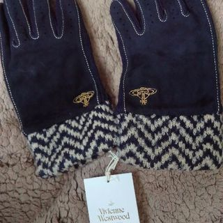 ヴィヴィアンウエストウッド手袋