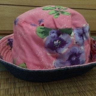 子供用 帽子、ハット リバーシブルです