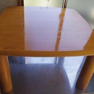 足がとれる ちょっとしたテーブル