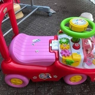 ハローキティー 車
