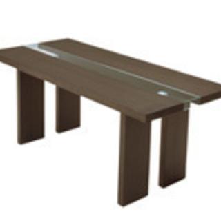 イタリアンモダンを表現したダイニングテーブル「リッツ」