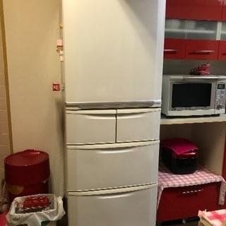 自動製氷機能付き404L冷蔵庫