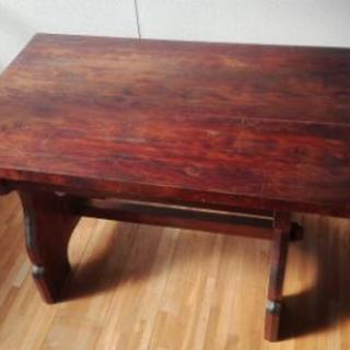 アジアンテイストなローテーブル