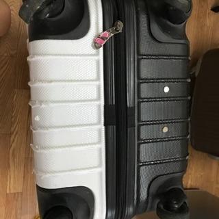 スーツケース キャリーケース(要修理)