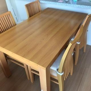 ダイニングテーブル、椅子4脚付き、無料、取りに来てくれる方限定