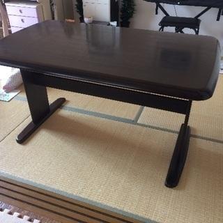 ダイニングテーブル(ニトリ)