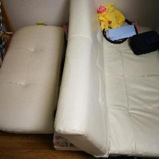 ベッドに成れるソファ