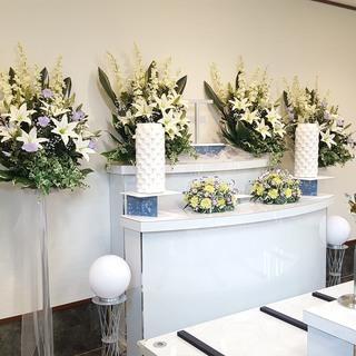 葬儀149,000円~ 葬儀の事ならせせらぎ葬祭サービスまで 24時間365日対応しています。 - 冠婚葬祭